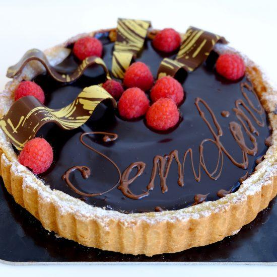 torta semolino cioccolato e frutti di bosco